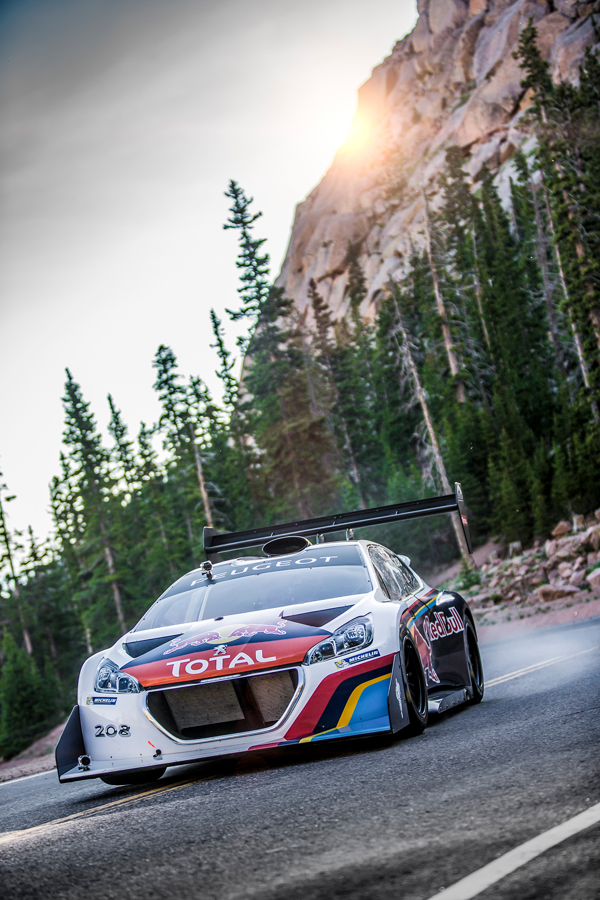 Sébastien-Loeb-pikes-peak_mad-media_02